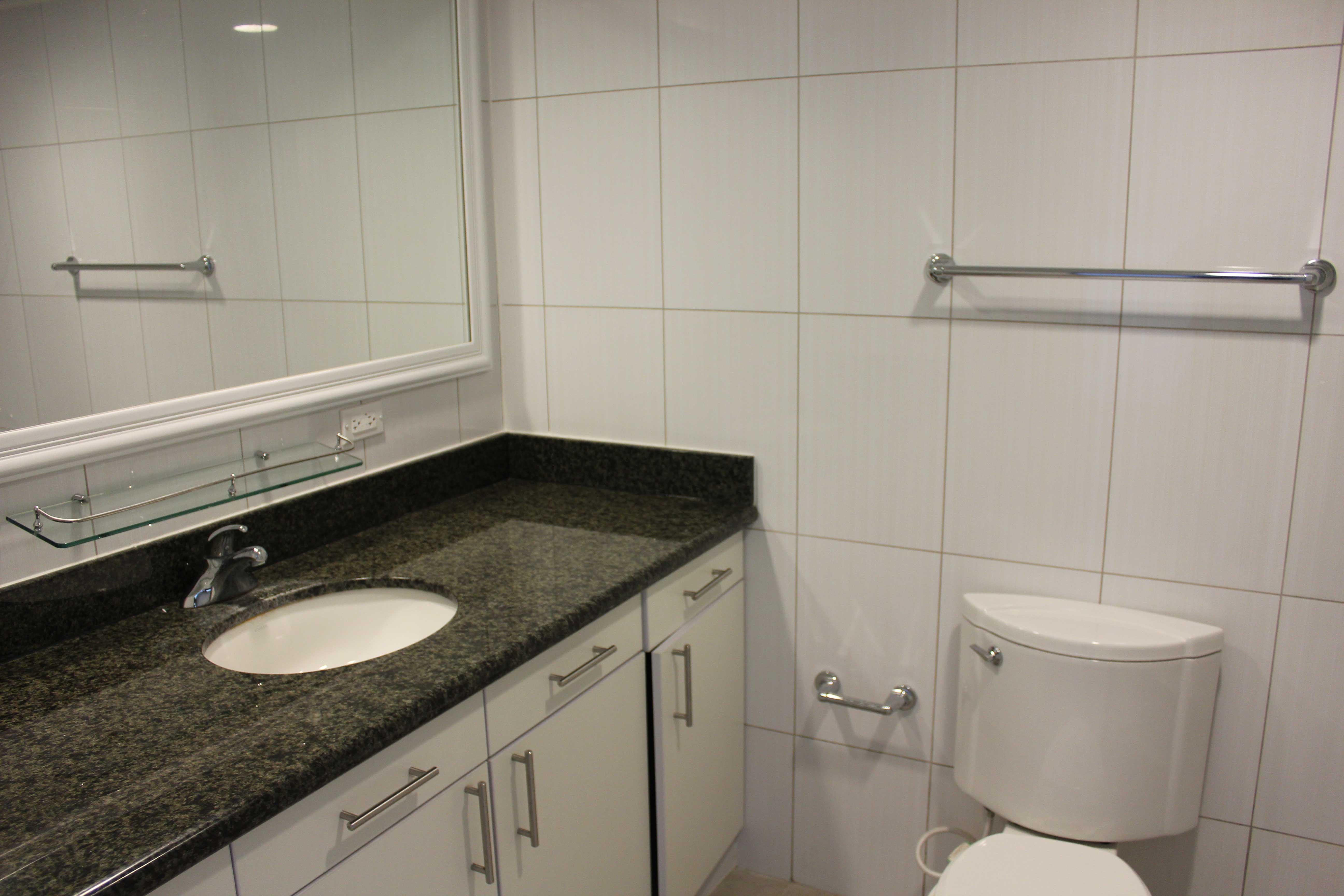 Guam-Beachfront-Residences-Bathroom