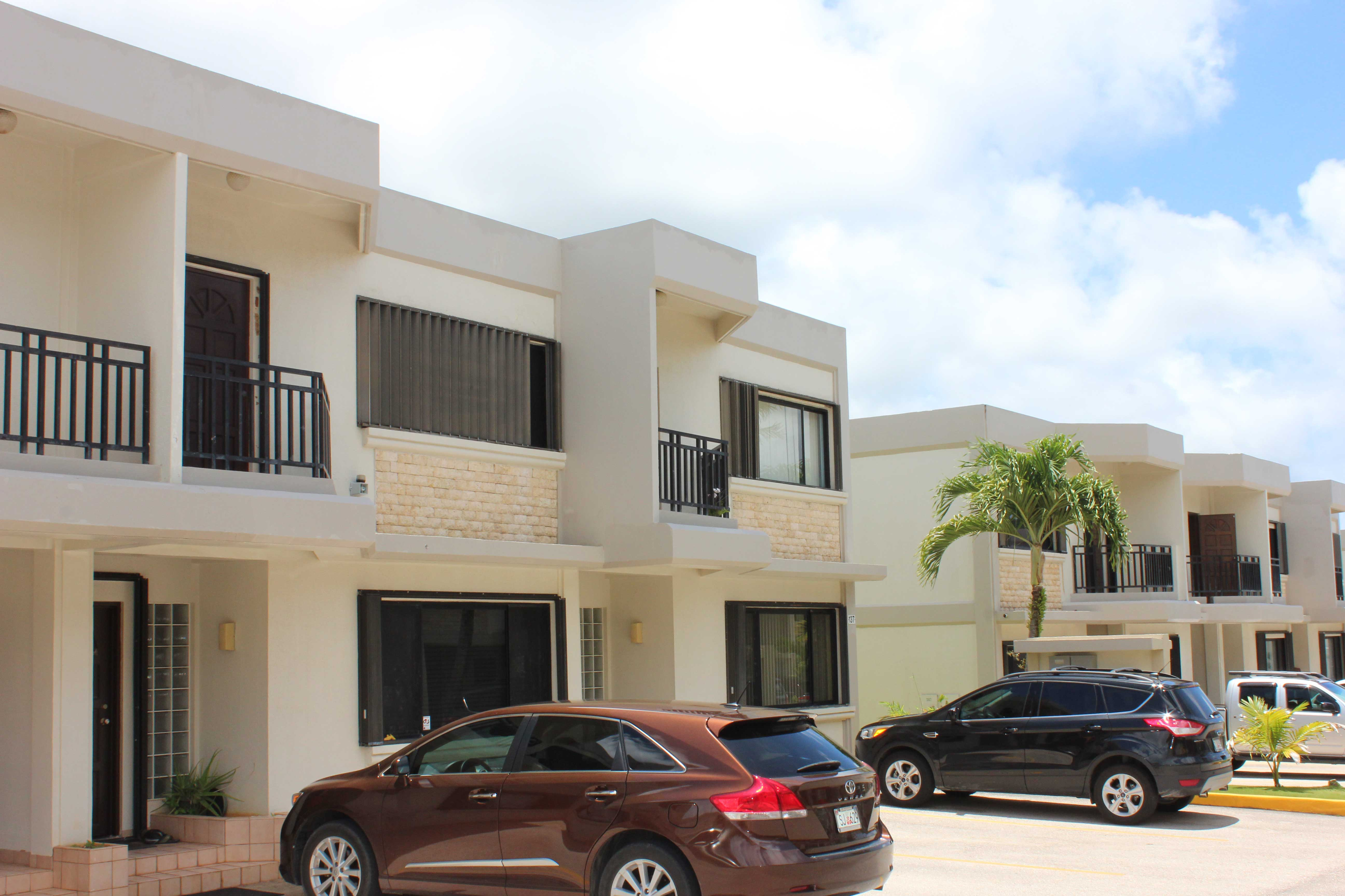 Las-Palmas-3-Guam-Townhouse