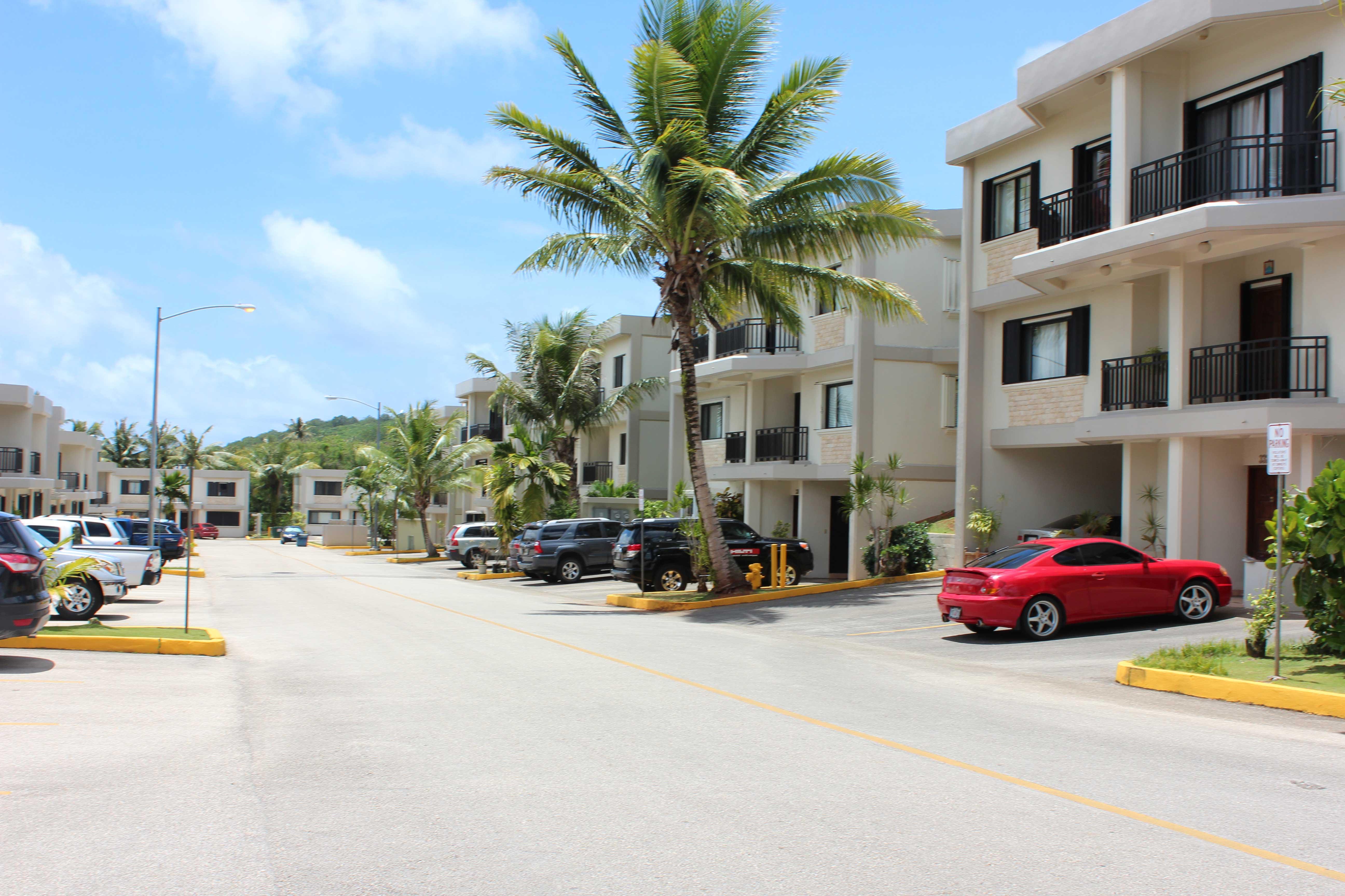 Las-Palmas-Guam-3---parking