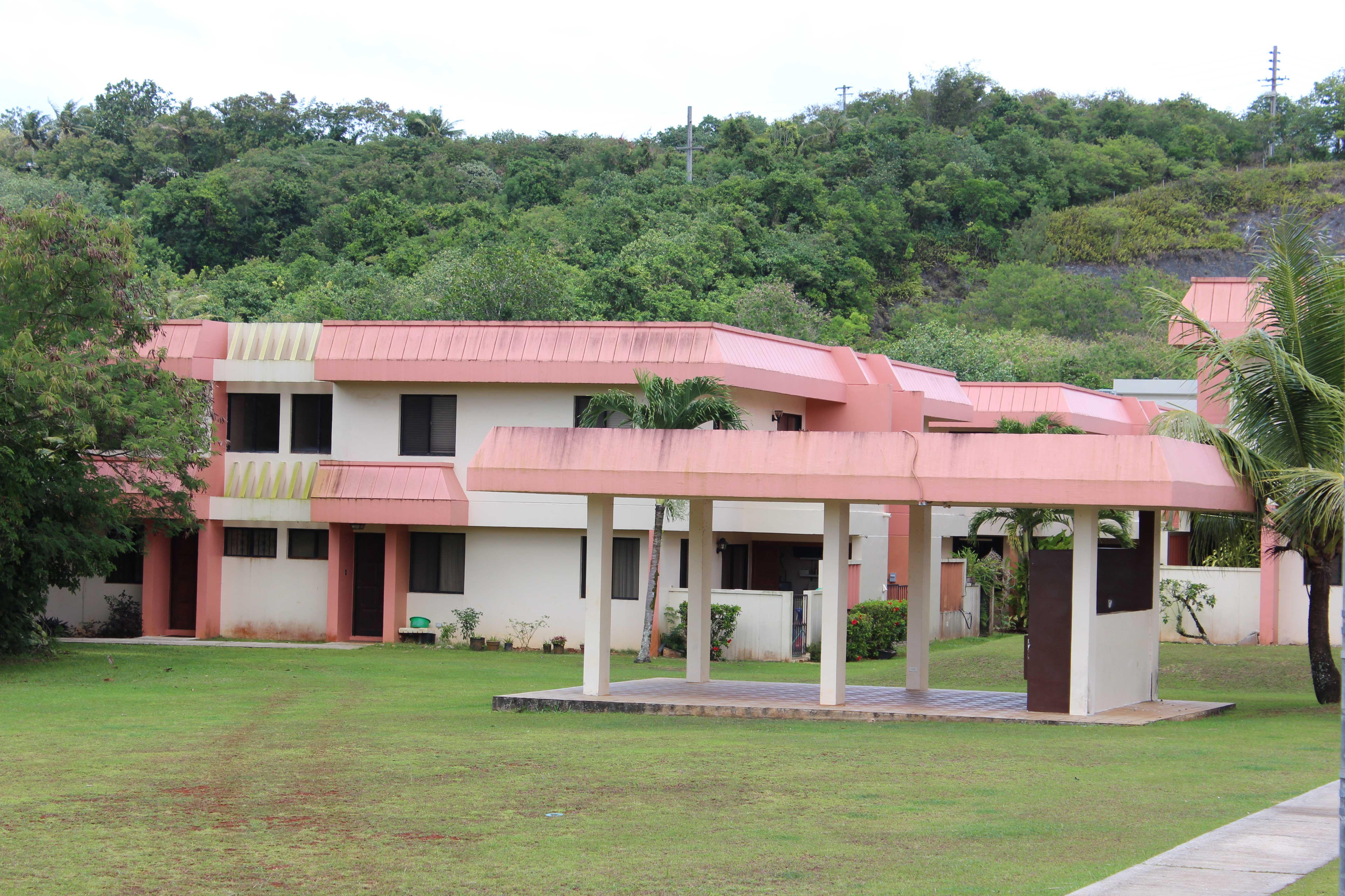 Las-Palmas-Guam-barbeque-area