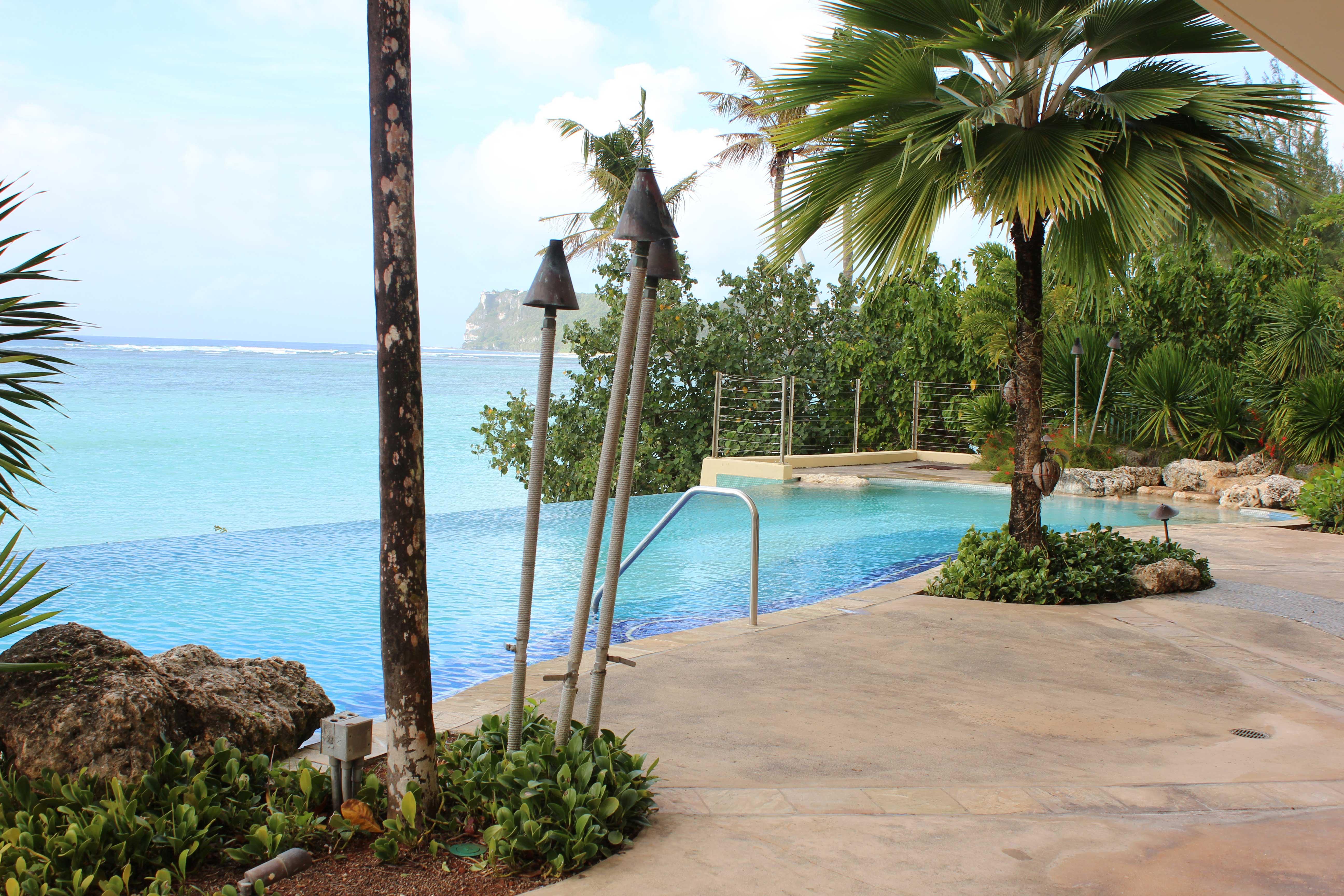 Villa-Kanton-Tasi-Guam---Swimming-Pool